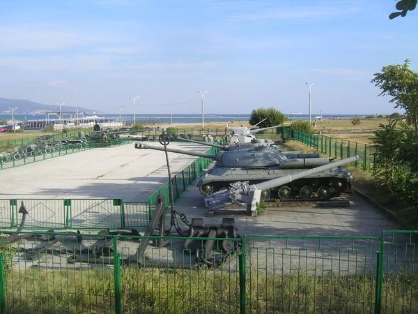 Музей истории боевой техники Новороссийск