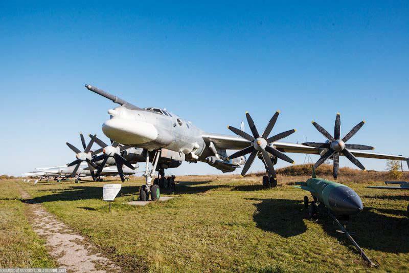 Музей дальней авиации (г. Энгельс)