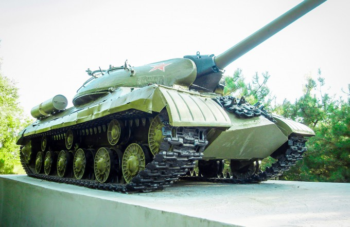 Памятник ИС-3М в Таганроге